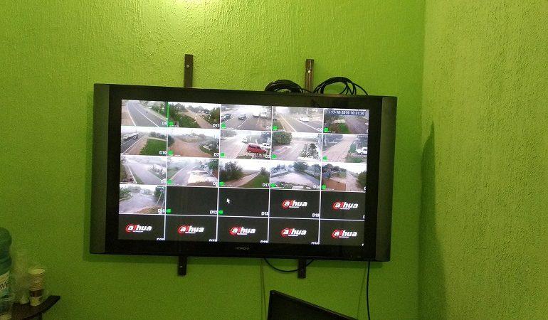Въезжая в село, улыбайтесь, вас снимает видеокамера: в Заре Саратского района развернули систему видеонаблюдения