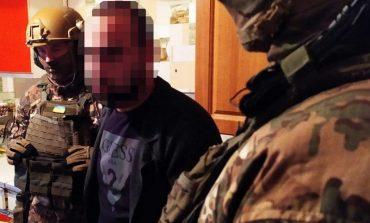 Вымогательство, разбойное нападение и угроза убийством: в Одесской области задержали преступную группировку