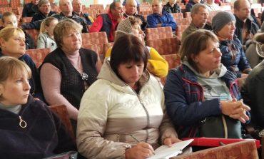 Земельный вопрос: более двух сотен жителей Успеновки Саратского района добиваются выделения земли