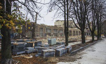 Корпус ювелирной фабрики на бульваре Жванецкого почти снесли