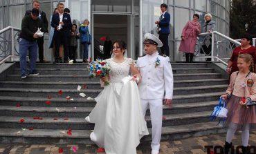 В Болграде освобожденный из плена моряк создал семью