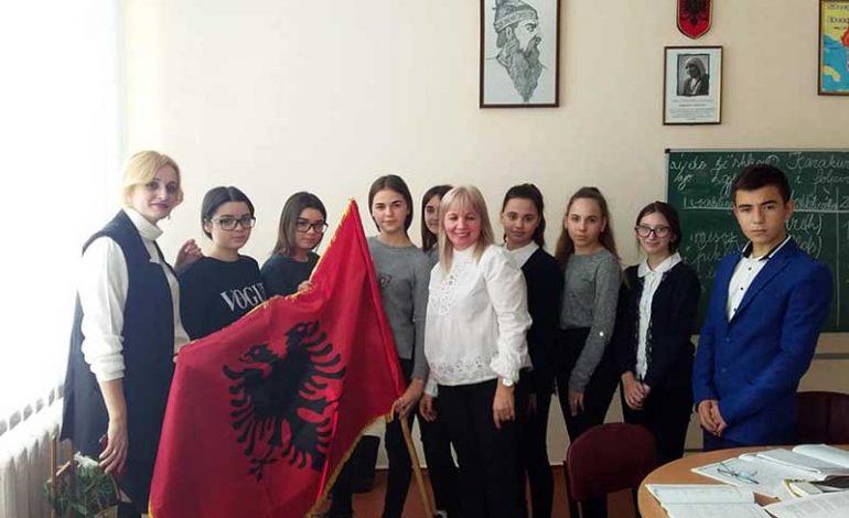 Учителя из Албании начали работать в Болградском районе