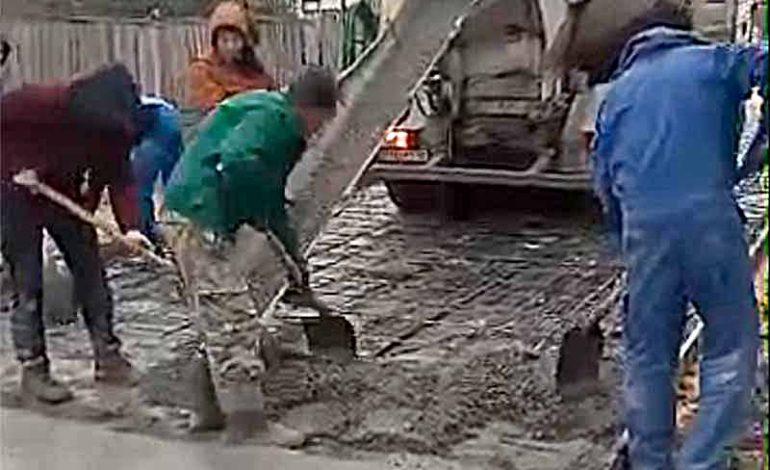 В селе Болградского района строят бетонные дороги