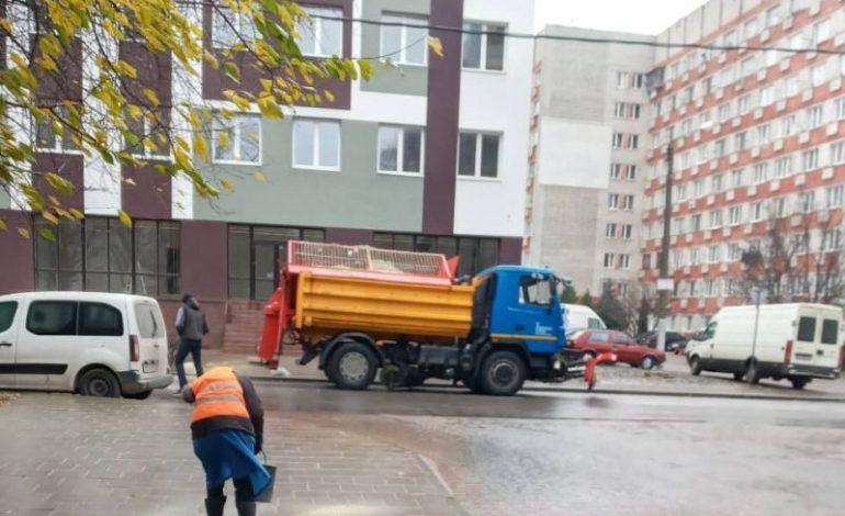 Из-за гололедицы во Львове резко выросло число ДТП