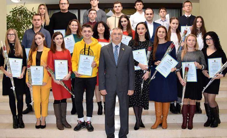 Представители Болградского района получили премии облсовета