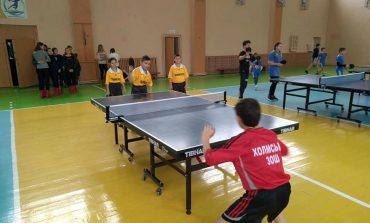 Арциз: ученики Холмской школы представили район на областных соревнованиях по теннису