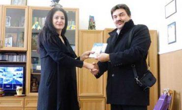 Болградская гимназия подписала договор о сотрудничестве с коллегами из Болгарии