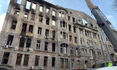 Сгоревший Одесский экономический колледж «оденут» в металлический каркас