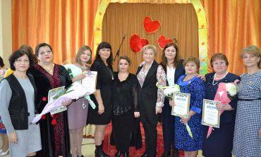 В Болграде наградили учителей и воспитателей