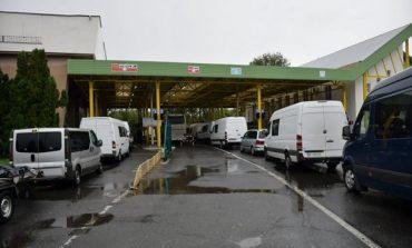 Пограничники констатировали уменьшение очередей на границе Украины со странами ЕС