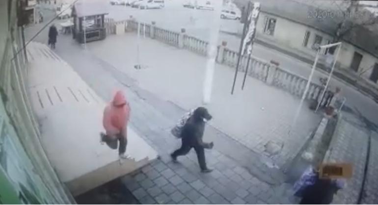 В Одесской области действуют планы «Перехват» и «Сирена» — разыскиваются грабители ювелирного магазина