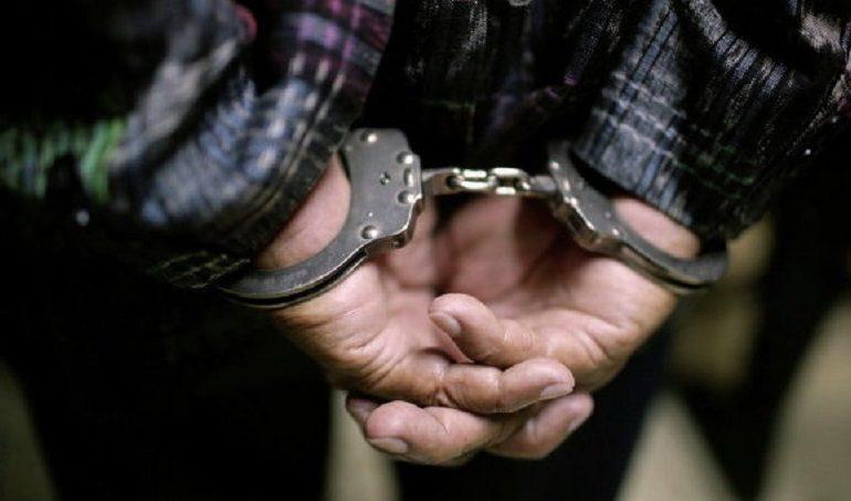 Житель Саратского района убил знакомого за то, что тот назвал его «мусором»
