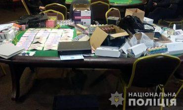 В Полтавской области полиция накрыла сеть подпольных покерных клубов