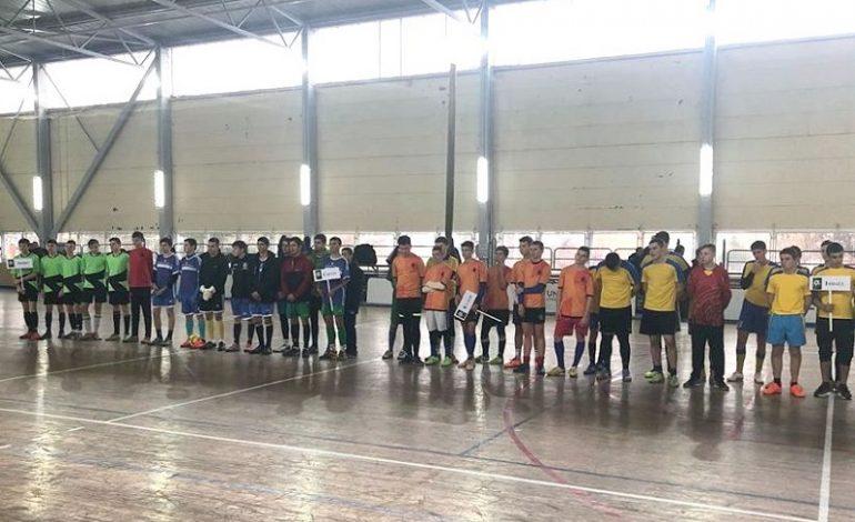 Арцизские футболисты вышли в финал чемпионата области по футзалу