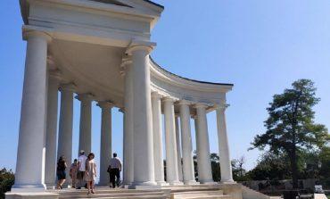 Одесские художники бесплатно раздадут свои картины у колоннады