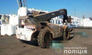 В Одесской области два работника порта погибли в результате наезда автопогрузчика