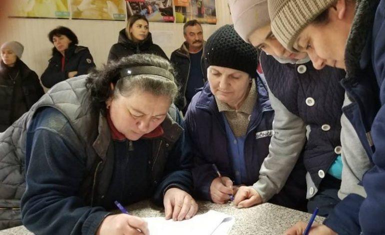 Ремонт разбитых дорог: в южных районах Одесской области инициировали сбор подписей под обращением к Зеленскому