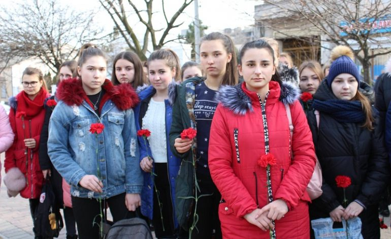 В Белгороде-Днестровском вспоминали Героев и вспомнят об украинском войске