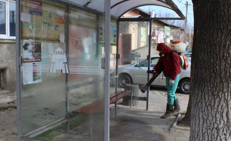 В Белгород-Днестровском регионе активно дезинфицируются, но  общественный транспорт работать не будет