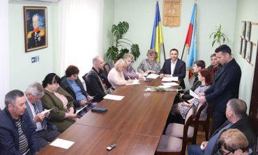 В Болграде власти проводят многолюдные совещания