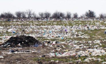 В Арцизе в очередной раз горела мусорная свалка