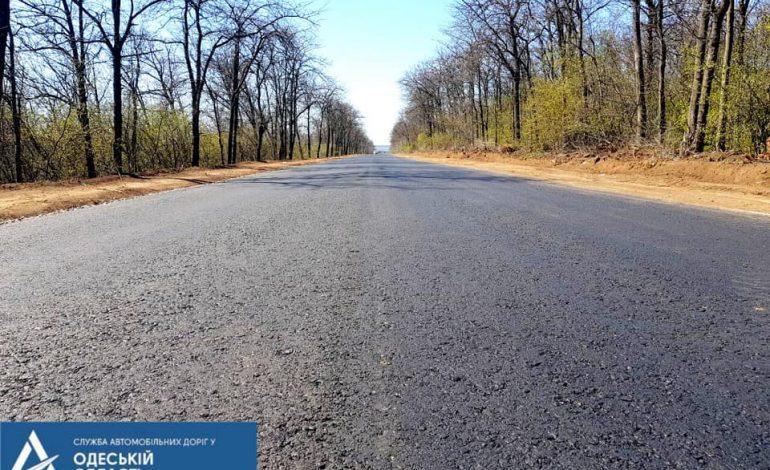Арциз: дорожники завершают ремонт на участке трассы «Серпневое» — Тарутино – Арциз – Сарата