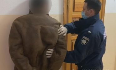 В Одессе наркоман убил одного человека, а второго – ранил ножом