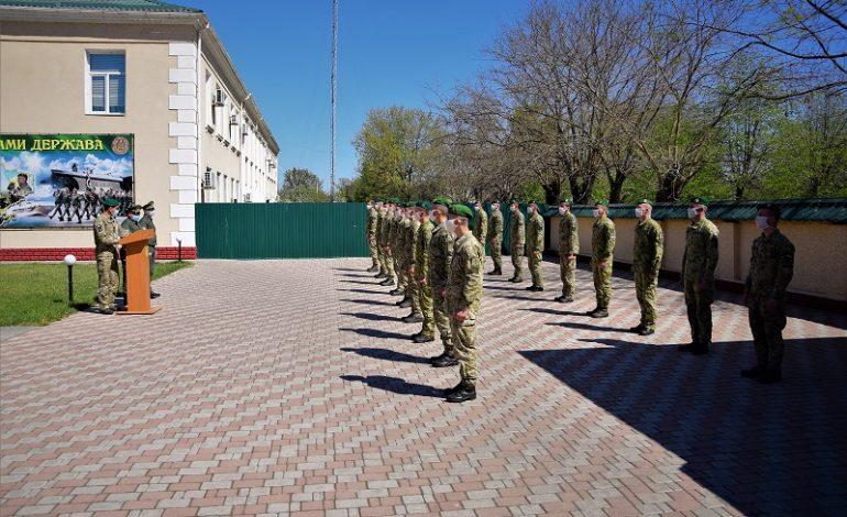 В Измаильском отряде уволены в запас срочники
