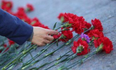 Саратский район: в Заре концерта ко Дню Победы не будет, но цветы к памятнику возложат