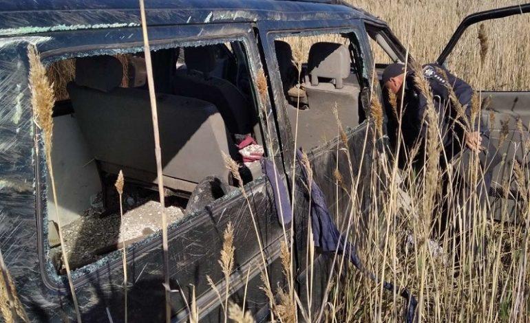 На трассе Одесса-Белгород-Днестровский перевернулся микроавтобус: пострадали два человека