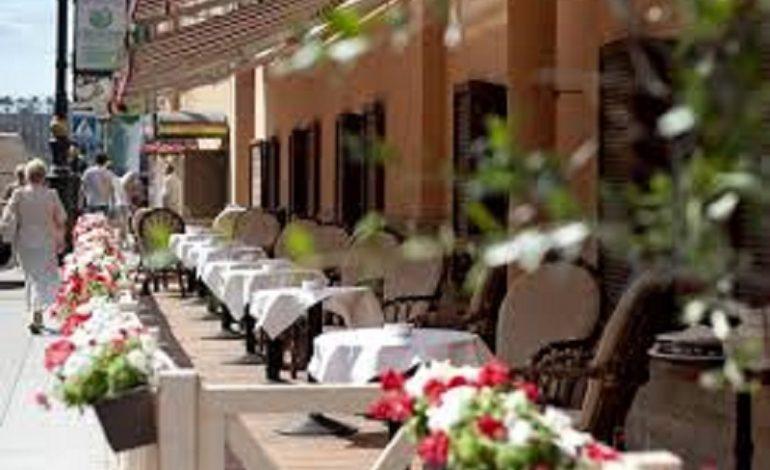 Открылись уже 86% кафе и ресторанов от докризисного уровня, — Шмыгаль