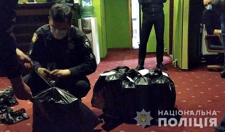 Чудеса маскировки: в Одессе выявили нелегальные игорные клубы