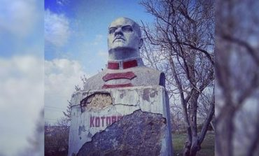 Как в Белгород-Днестровском районе демонтировали последний памятник прошлого