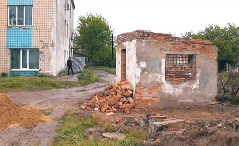 В Болградской ЦРБ начали сооружать кислородную станцию