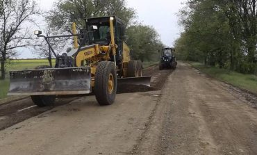 Где в Белгород-Днестровском районе ремонтируют дороги своими силами