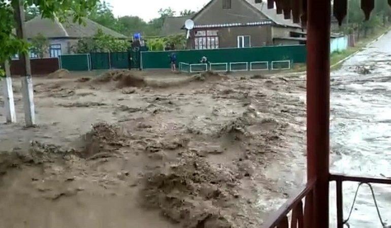 В Ренийском районе проливные дожди стали причиной потопа