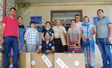 В Тарутинском районе раздали плазменные телевизоры приемным семьям и детским домам семейного типа
