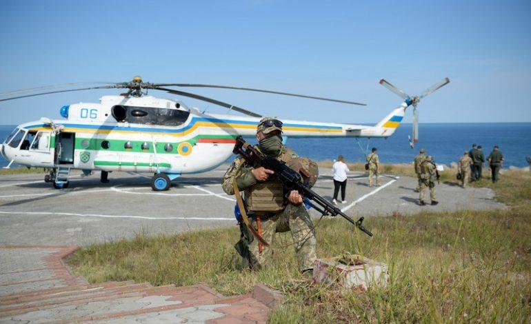 Одесская область: пограничники показали фото с межведомственных учений на о.Змеиный (фото)