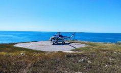 Пограничный вертолет приземлился на острове Змеиный впервые за последние 12 лет (фото)
