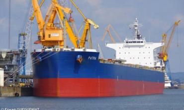 """В порт """"Южный"""" прибыло судно с моряками, зараженными коронавирусом"""