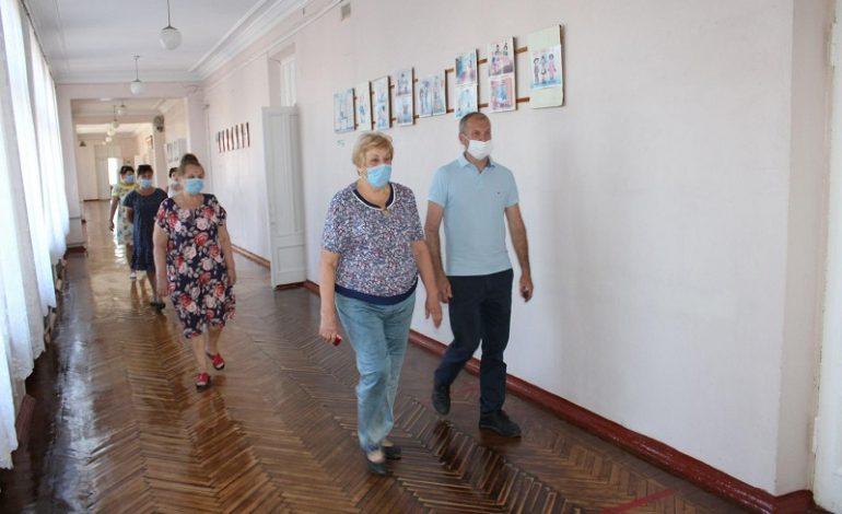 Как в Белгороде-Днестровском проверяют готовность школ к учебному году