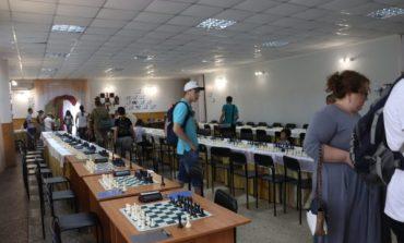 В Арцизе открыли шахматный турнир «Звезды Арциза–2020»