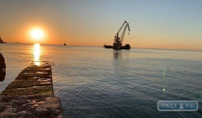 Одесса: Delfi покинул пляж «Дельфин»