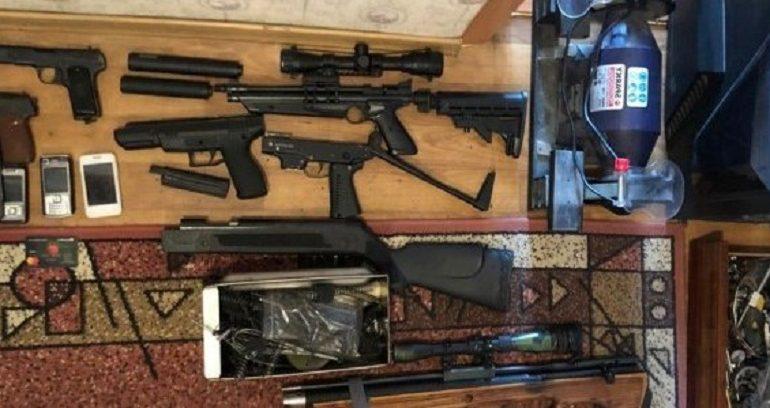 Как в Белгороде-Днестровском два жителя продавали оружие