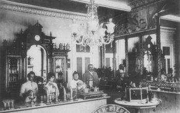 Пить: кто, как и где пил алкоголь в старой Одессе?