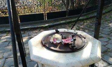 Уголок старой Одессы: место, где забыли про урны и уборку (фото)