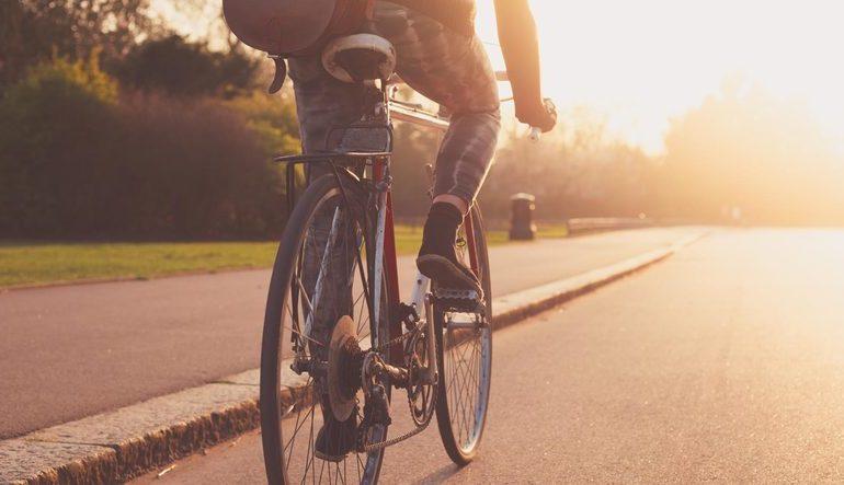 Велосипедисты могут ездить по полосе общественного транспорта