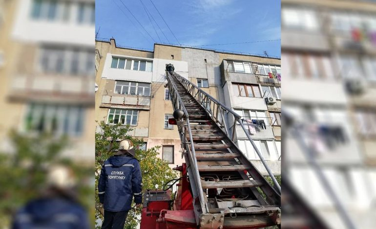 Как спасатели Белгорода-Днестровского помогли матери и ребёнку