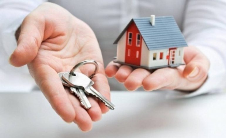 Оформил на мошенников квартиры в Одессе: госрегистратора из Сараты подозревают в служебной халатности