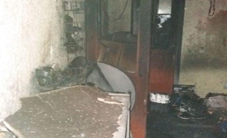 В одном из сел Саратского района подожгли магазин